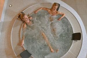 Jizerské hory: Amantis Vital Sport Hotel *** s neomezeným wellness, bazénem a polopenzí + vyžití…...