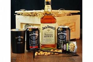 Dárková bedna s páčidlem pro muže Jack Daniel's Honey...