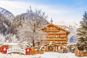 Rakouské Alpy u ski areálů v Hotelu Gutshof Zillertal **** s neomezeným wellness, bazénem a…...
