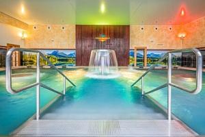 Oblíbené termály Malé Bielice s neomezeným vstupem do bazénového komplexu a fitness centra +…...