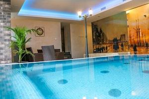 Mariánské Lázně: Luxusní Hotel Queens **** s neomezeným wellness (bazén, vířivka, sauny) a polopenzí...